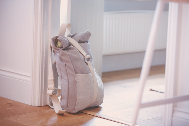 Read more about the article Making a Roll-top Backpack using Yoga Straps – Tutorial