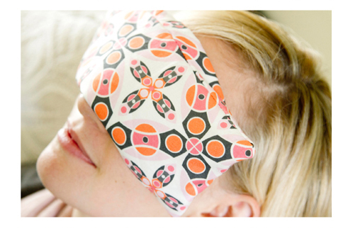 Read more about the article Making a Relaxing Eye Pillow – Free Tutorial